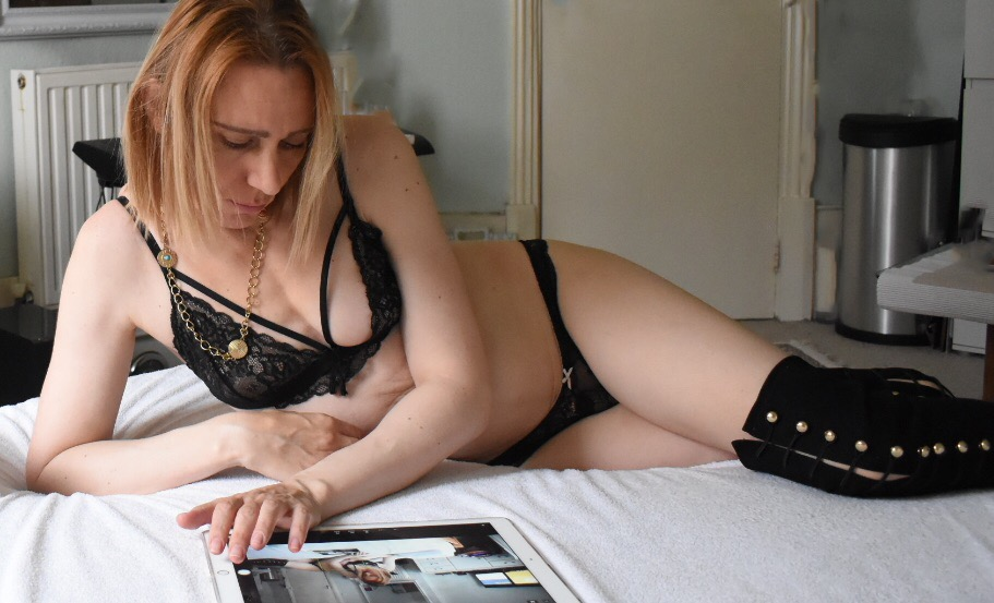 Shemale Massage Therapist in North London – 07766 51 68 43 Giselle IMG_0835