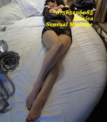 Jessica nude massage