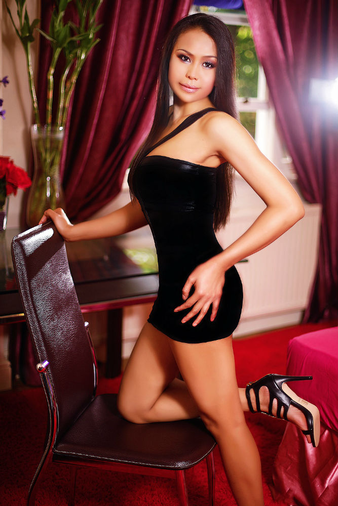 Asian London escort Full body back massage Thai massage Liverpool Street Massage Thai Paula in Liverpool st